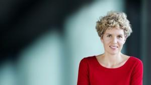 """Julia Valsky, Leiterin des Diversity Managements bei Erste Group: """"Die erneute Aufnahme in den Gender-Equality-Index von Bloomberg ist eine Anerkennung unserer bisherigen Arbeit. Allen die gleichen Chancen zu bieten, ist etwas, das tief in den inklusiven Prinzipien verwurzelt ist, auf denen die Erste vor zweihundert Jahren gegründet wurde."""""""