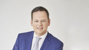 """Klaus Kumpfmüller, designierter CEO der HYPO OÖ: """"Die HYPO steht auf einem äußerst soliden Fundament. Sie ist damit bestens gerüstet, um die Chancen, die sich im Banking der Zukunft bieten, auch wahrnehmen zu können und für die Kundinnen und Kunden nutzbar zu machen."""""""