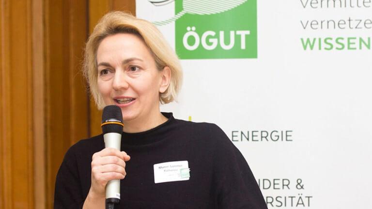 """Katharina Muner-Sammer, ÖGUT: """"Dass nun auch Sparprodukte durch das Österreichische Umweltzeichen zertifiziert werden können, dürfte den Markt ankurbeln."""""""