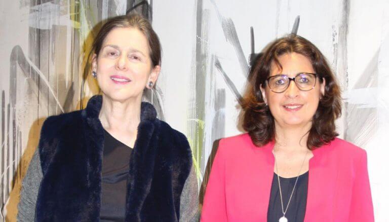 """Dr. Brigitta Schwarzer, Inara, Astrid Valek, FMVÖ-Vorstandsmitglied, Initiatorinnen des FMVÖ-Financial Forum: """"Finanzbildung ist keine Privatangelegenheit, sondern muss ein gesellschaftspolitisches Anliegen sein. Es braucht eine Gesamtstrategie für Österreich!"""""""