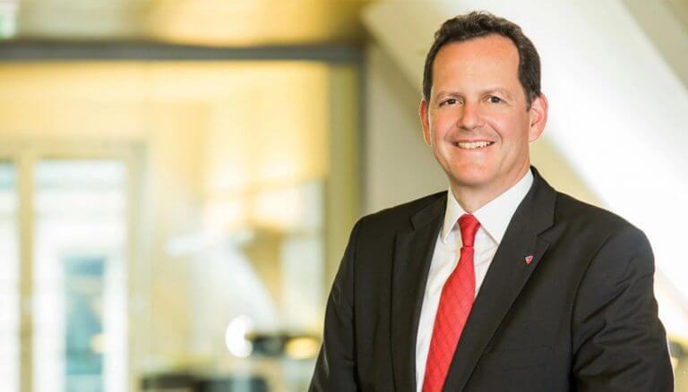 Mag. Andreas Bayerle, Vorstand für Finanzen und Leben, Helvetia Versicherung