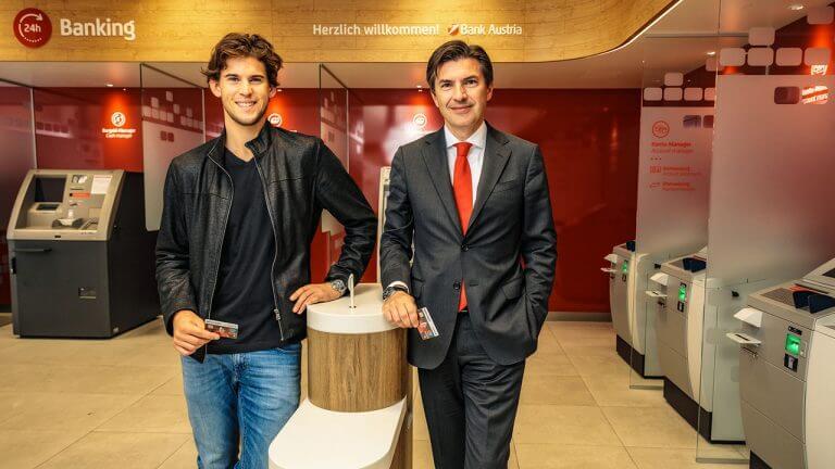 Tennis-Star Dominic Thiem und Robert Zadrazil, Vorstandsvorsitzender der UniCredit Bank Austria