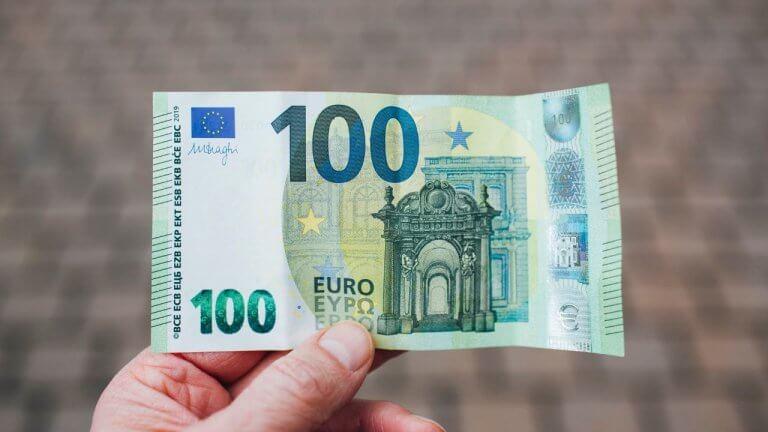 Hundert 100 Euro Hunderter