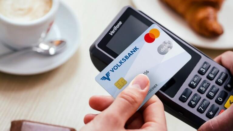 Mehr als 500.000 Volksbank-Kunden erhalten neue Debit Mastercard