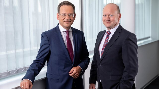 Hypo Oberösterreich Generaldirektor Mag. Klaus Kumpfmüller und Hypo Oberösterreich Vorstandsdirektor Mag. Thomas Wolfsgruber
